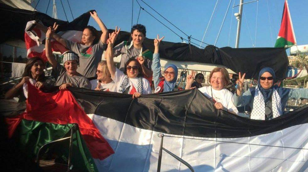 """El velero Zaytuna-Oliva, parte de la misión """"Rumbo a Gaza"""" (Women's boat)"""
