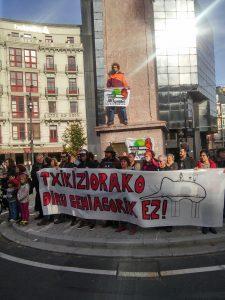 Concentración en la plaza circular de Bilbao. El 08/12/16